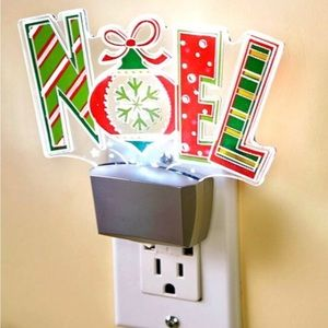NWT! Festive Noel Lighting Effects Nightlight